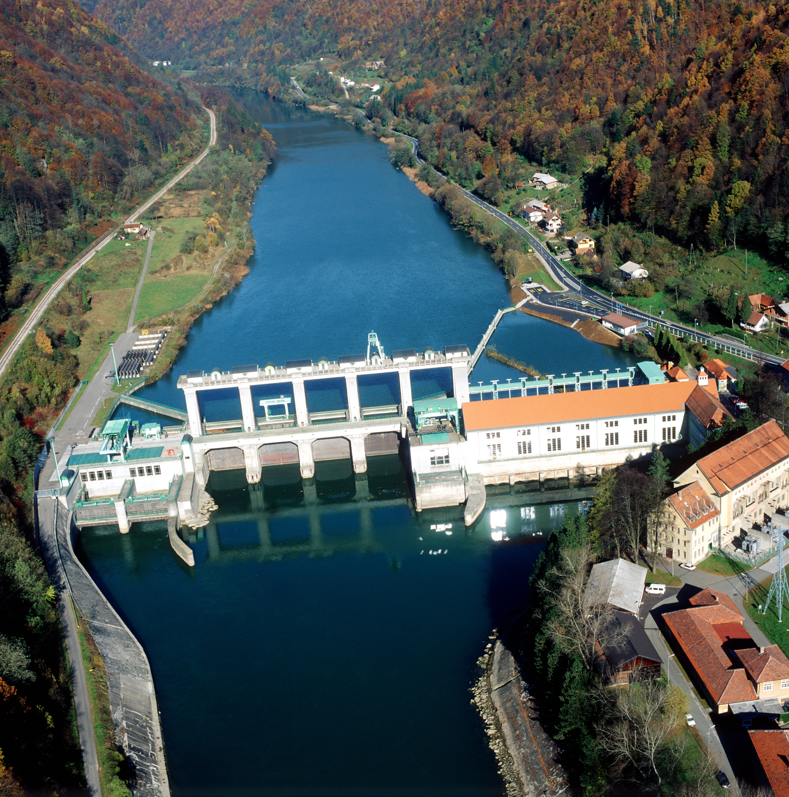 Utilization Of Wh From Hydro Power Plant Interreg